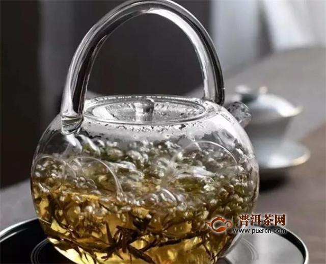 福鼎白茶煮多长时间?大火持续煮1分钟