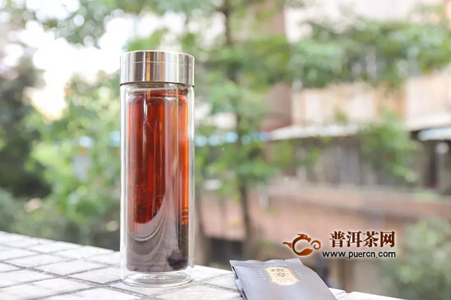 润元昌:得闲,饮茶