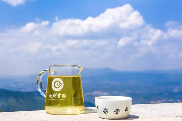 昆明七彩云南庆沣祥茶业:喝茶,真的能够抑制新冠病毒?