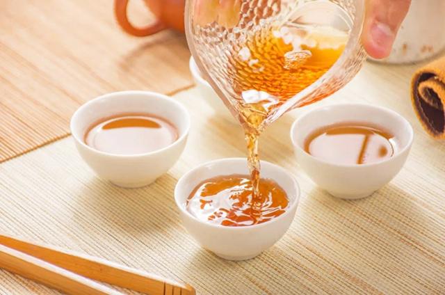 以茶会友,以茶论道。世界将因你而改变!