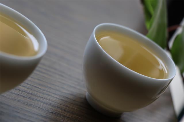 每天,习惯泡一壶好茶慰藉自己
