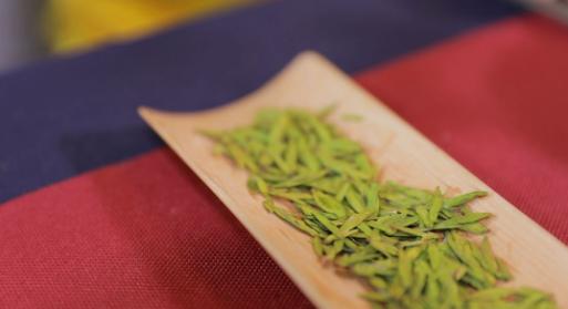 正值春茶上市,如何鉴定绿茶的品质?