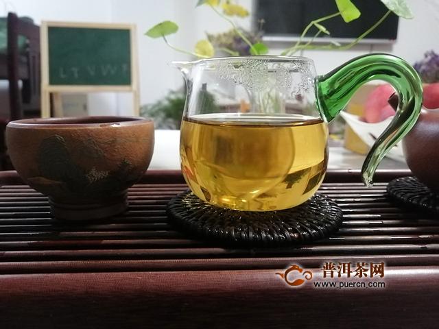 2019年勐海本木古茶业古小白美人珠:云南有嘉木,绝世而独立
