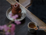 正山小种用啥茶具泡好?紫砂壶