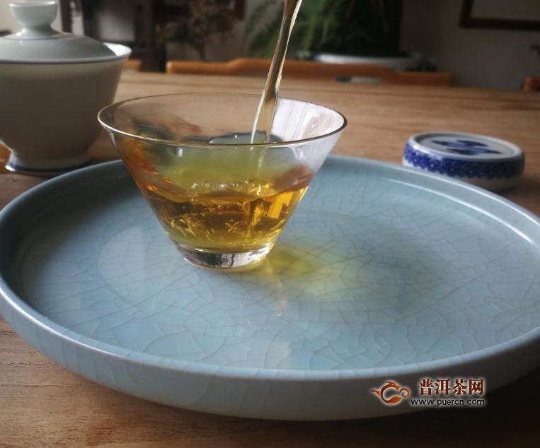 滇红茶的泡法及汤色