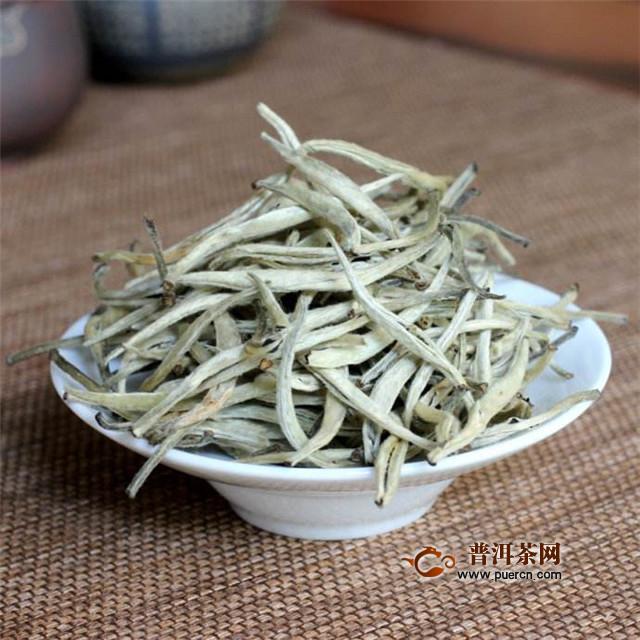 """老白茶属于红茶吗?不属于,老白茶是""""老""""的白茶!"""