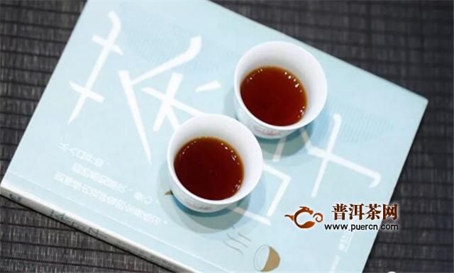 当下最奢侈的生活,半卷闲书一壶茶