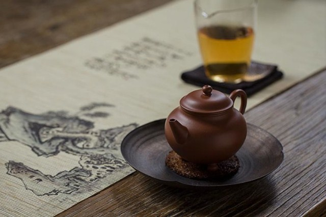 泡茶用茶壶还是盖碗