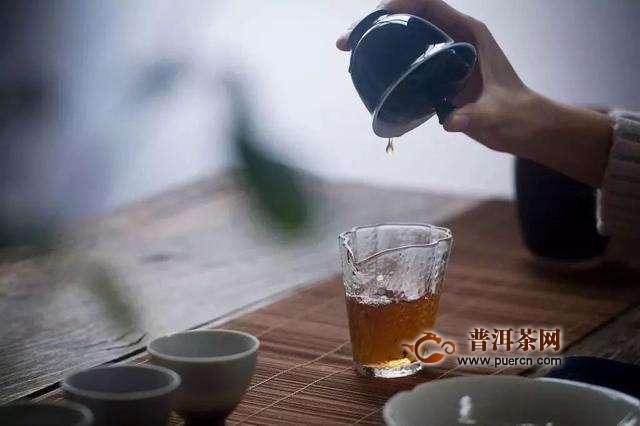 泡茶时怎么避免盖碗烫手