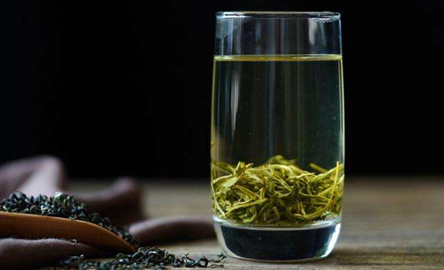 怎样用玻璃杯泡茶