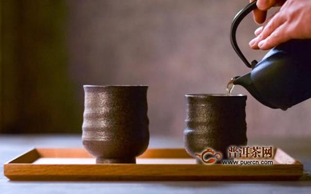 哪种杯子更适合泡茶