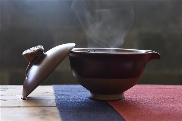 普洱新茶的陈化潜力如何辨别?