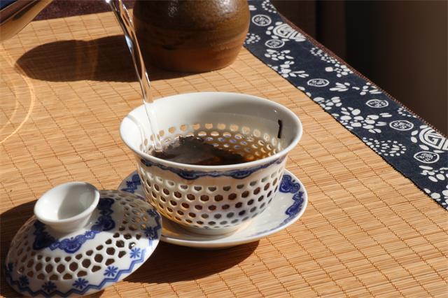 新茶、老茶、生茶、熟茶,不同阶段不同类型的普洱茶该怎么泡?