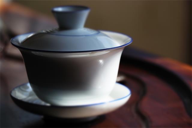 友谊,就在一杯茶之间