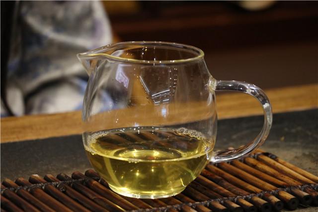 喝茶会产生和谈恋爱一样的愉悦感吗?