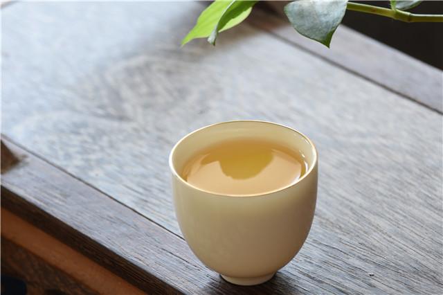 一盏茶烟伴诗心,茶让生活幻化成诗