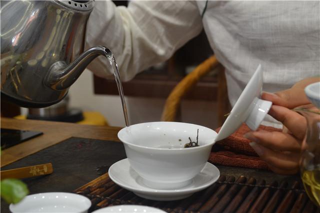 【普洱茶新手入门知识】普洱茶醒茶诀窍