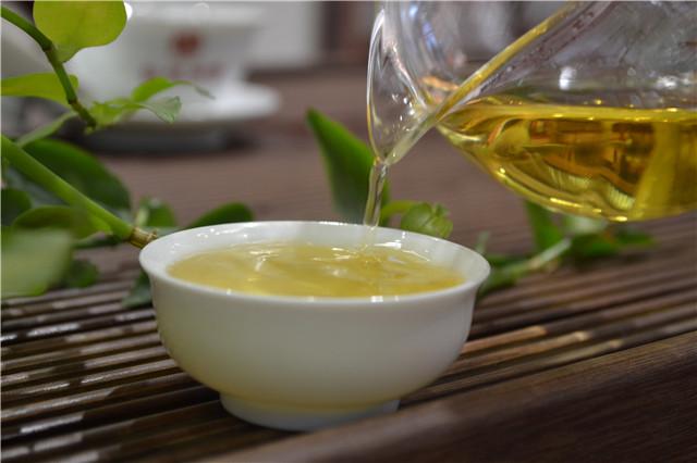 【普洱茶新手入门知识】干醒普洱茶的方法
