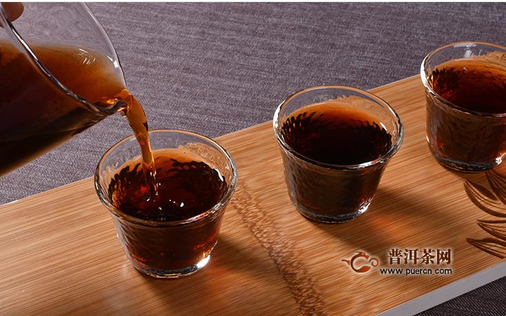 喝黑茶的功效及其相关的禁忌