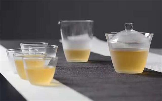 如何根据叶底判断普洱茶的品质?