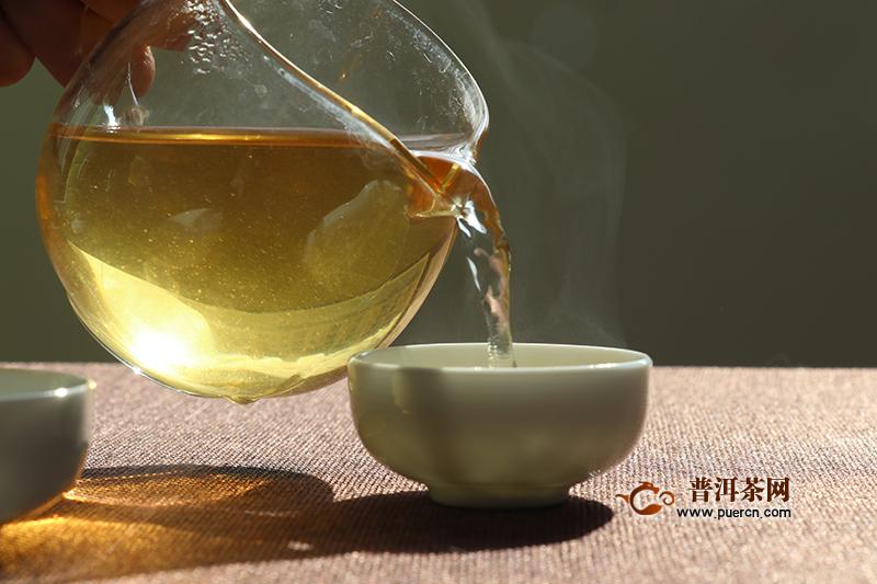 有茶油的普洱茶正常吗?茶油是如何形成的?