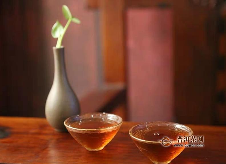 安化黑茶洗脸的作用