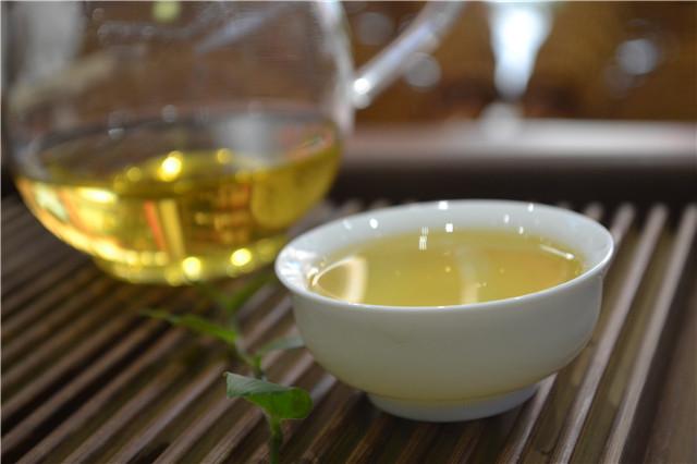 """普洱茶投资分析:浅析""""小饼茶""""的前景"""