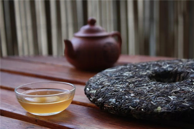 普洱属于黑茶吗?一篇文章教你区分普洱和黑茶