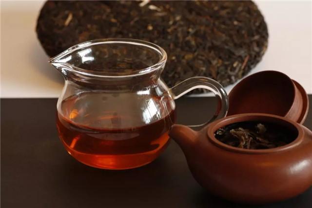 普洱生茶与熟茶的区别,在于前半生与后半生 !