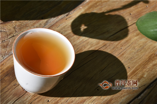 """普洱茶中的黄片""""学问""""大"""