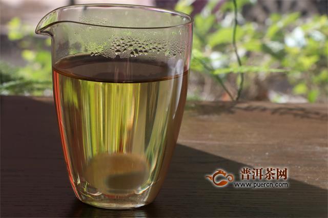 茶叶上的毫毛是不是越多越好?