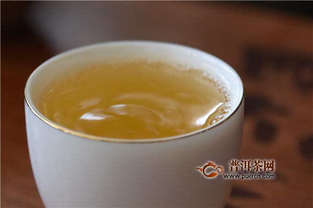 夏天到了,喝茶健身效果更佳