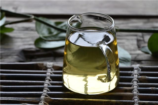 早上空肚喝普洱茶对身体有坏处吗?
