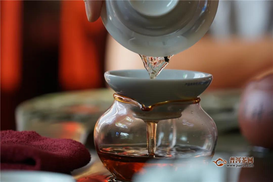 一球茶业:掌握醒茶核心技术,让你的普洱好喝百倍