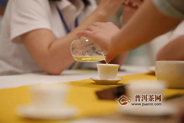 兴海【老班章】拍了拍你:一起喝茶啊!