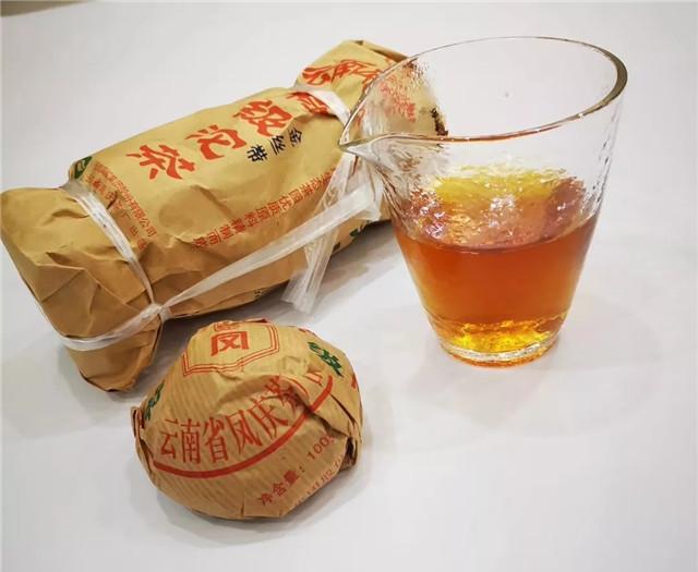 2007年凤庆金丝带普洱生沱:13年陈化的普洱生茶,只要百来块一斤