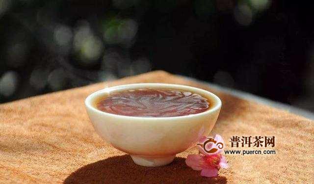 为什么泡的普洱茶上面有一层膜
