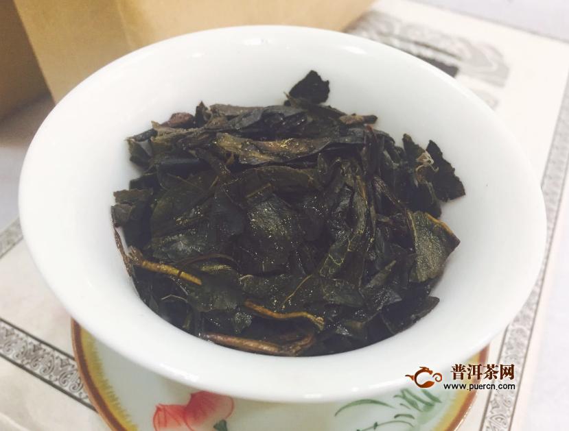 喝黑茶的功效与副作用图片