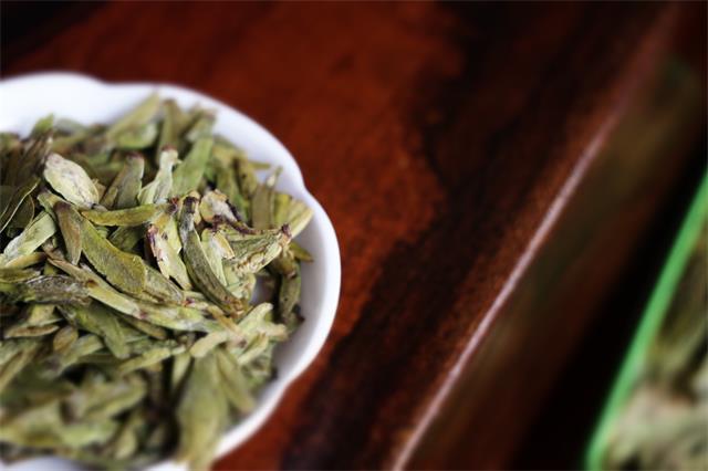 2020年上半年(1—6月),绿茶线上销售趋势如何?