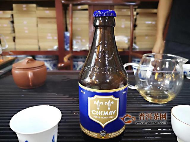"""""""精酿啤酒VS普通啤酒""""和""""专业熟茶vs口粮熟茶""""的共通性是什么?"""