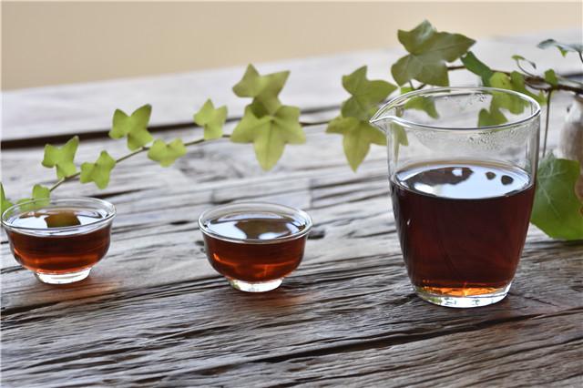 科学研究证明:普洱茶能解烟毒