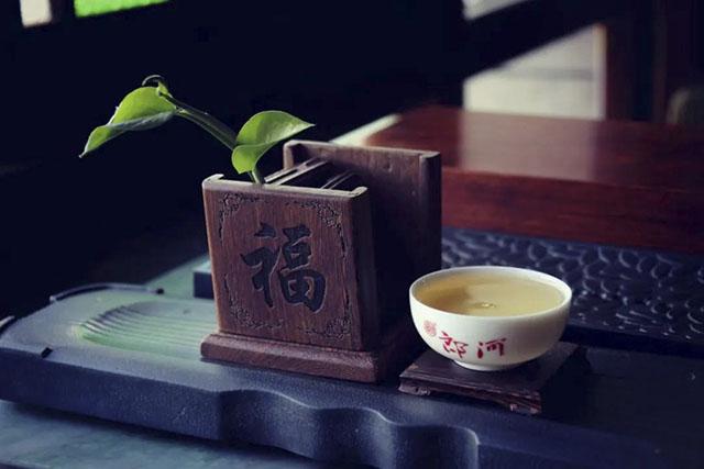 """纯料与拼配,普洱茶界相爱相杀的""""冤家"""""""