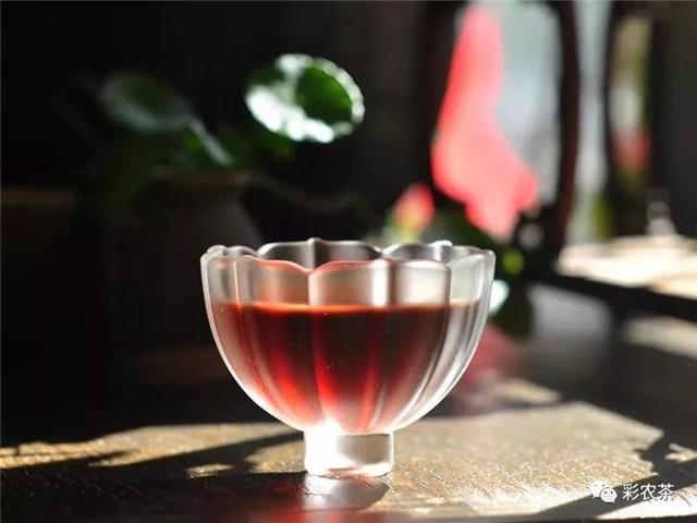 彩农茶:浅谈普洱茶的喉韵