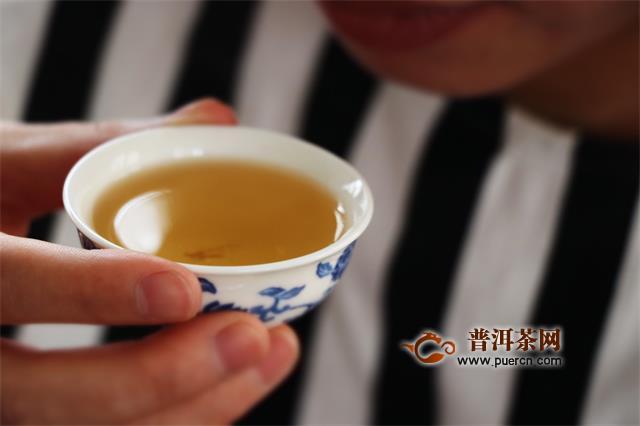 秋季喝普洱茶的好处