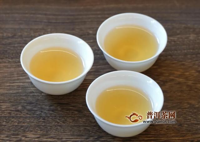 凤凰单丛为什么那么香?解读单枞茶的香型!