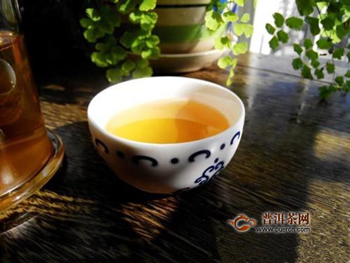 黄小茶简介