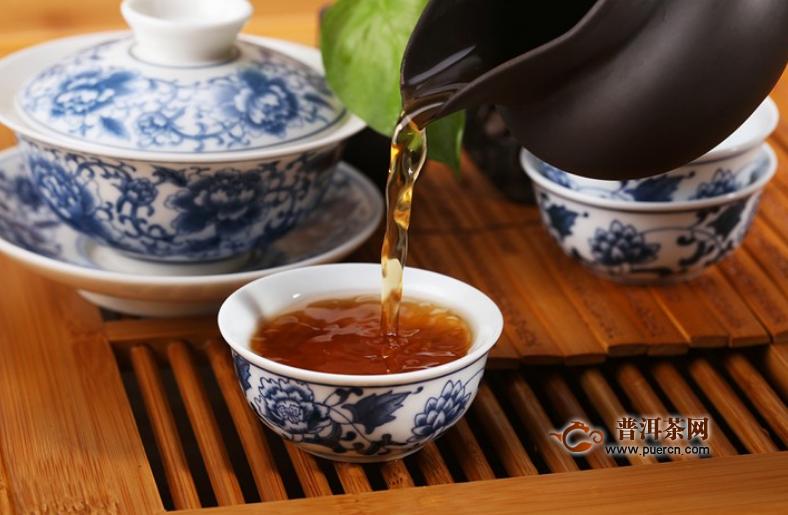 喝黑茶可以吃药吗图片
