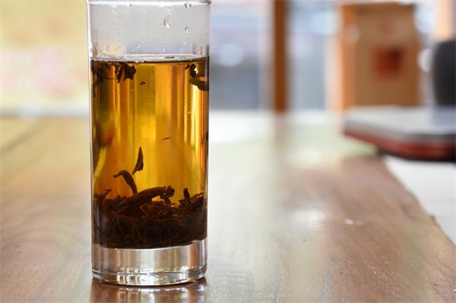 """茶叶市场进入挤压式竞争,如何才能不被""""洗牌""""?"""