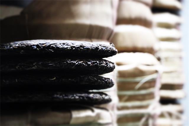 今年茶市交易额预计230.7亿 普洱茶联合拼多多促消费 茶叶收藏成新投资方式