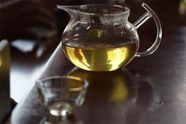 四点思考,茶企茶商该不该涨价?